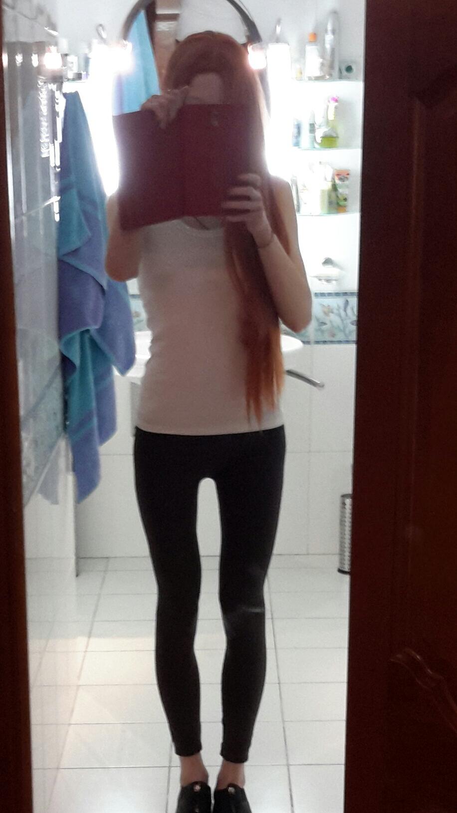 Фото девушек в зеркале фигура 15 фотография